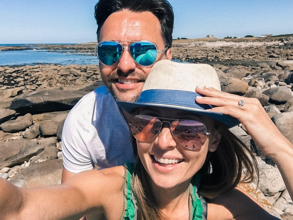 Blog - article Coup de foudre en Autriche et mariage en Provence- Selfie du couple fiançailles
