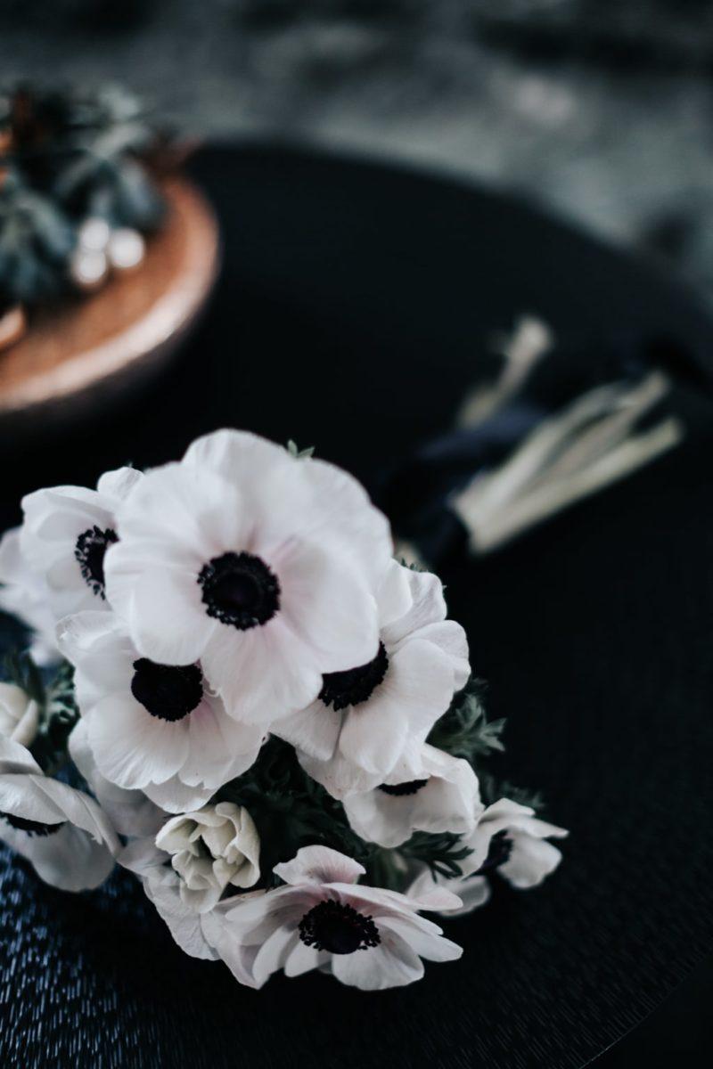 Bouquet Glamour-mariage Glamour-Bastide saint julien-Delphine Closse photographe