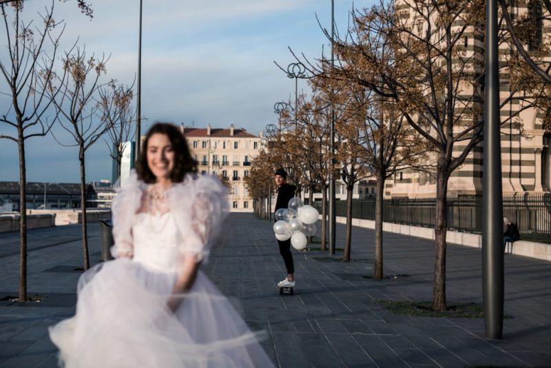 robe de mariée éco-responsable-inspiration Madonna-Marseille-skate-Delphine Closse photographe