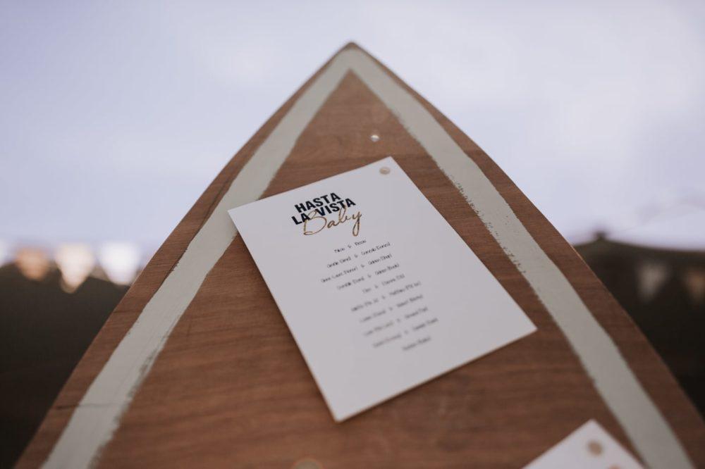 Décoration planche de surf-mariage au chateau du Griffon-Delphine Closse