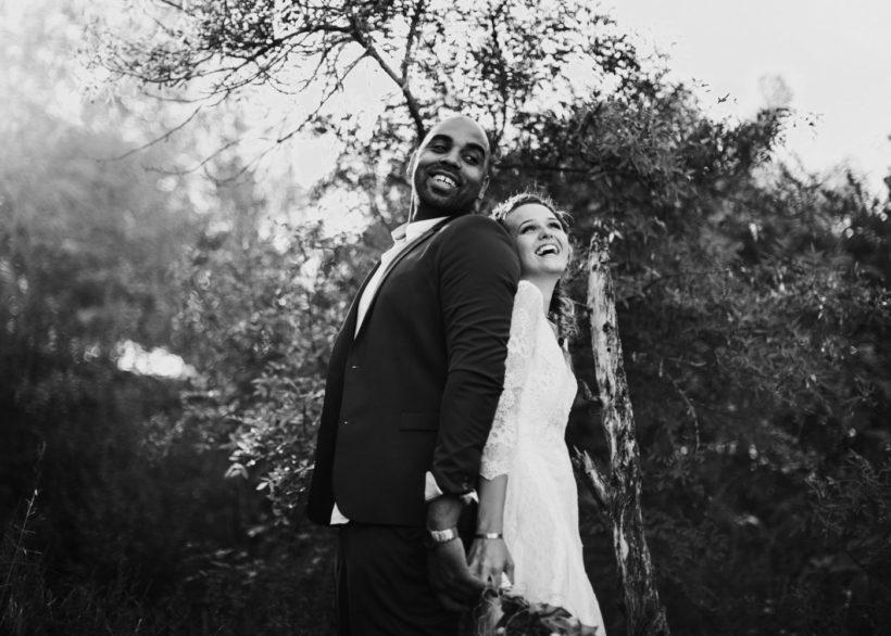 séance photo de couple mariage moderne à Aix en Provence
