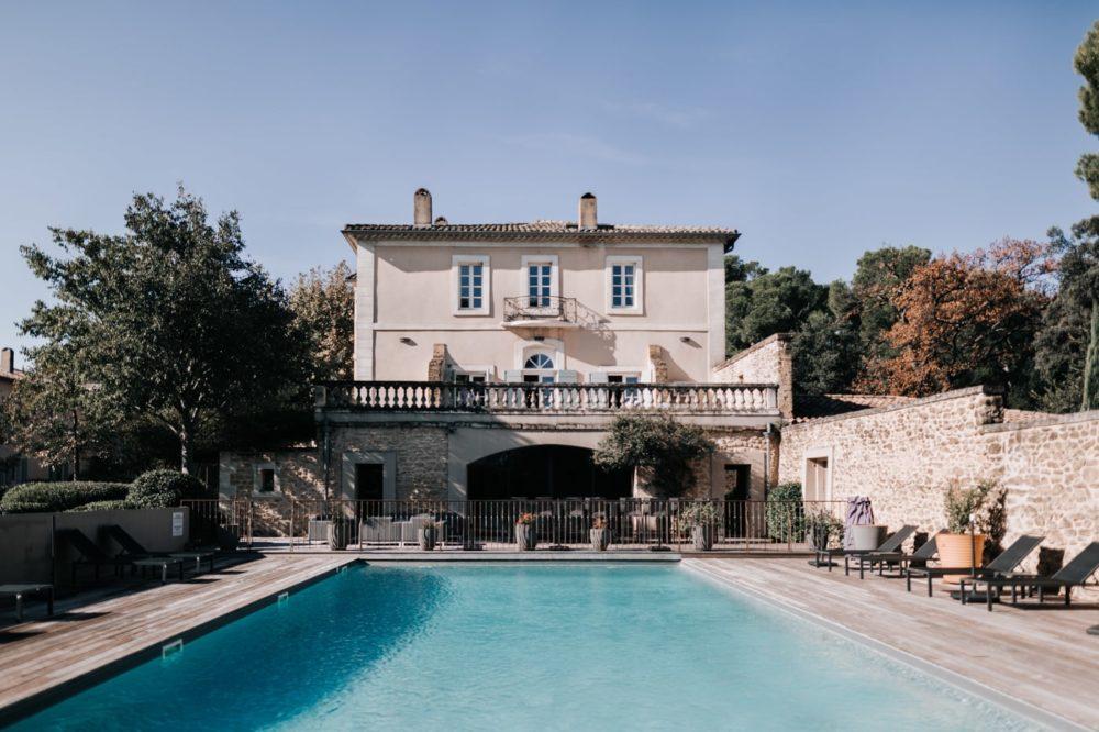 Piscine -Mariage au château Latour Vaucros-Delphine Closse