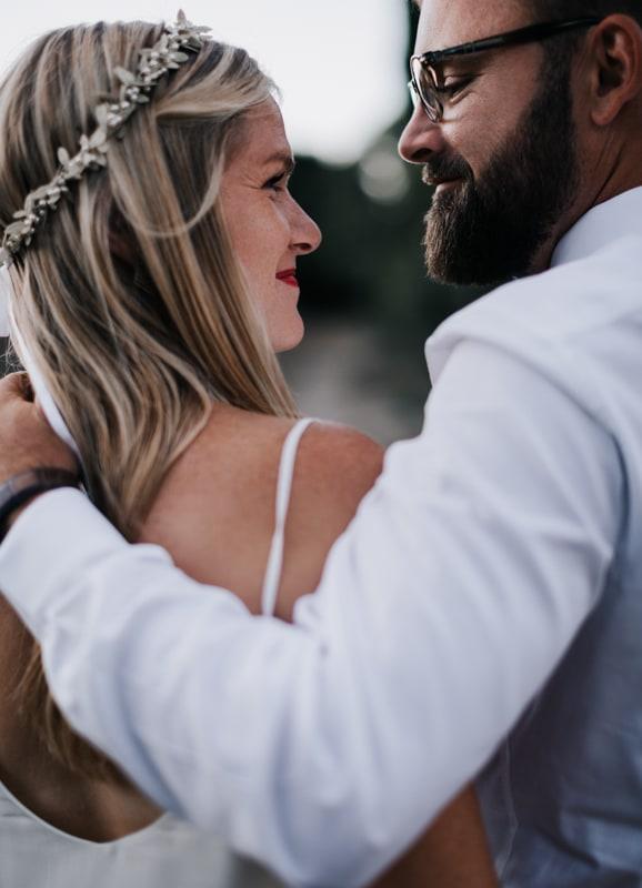 couple-Mariage au domaine de Rochebelle-Delphine Closse