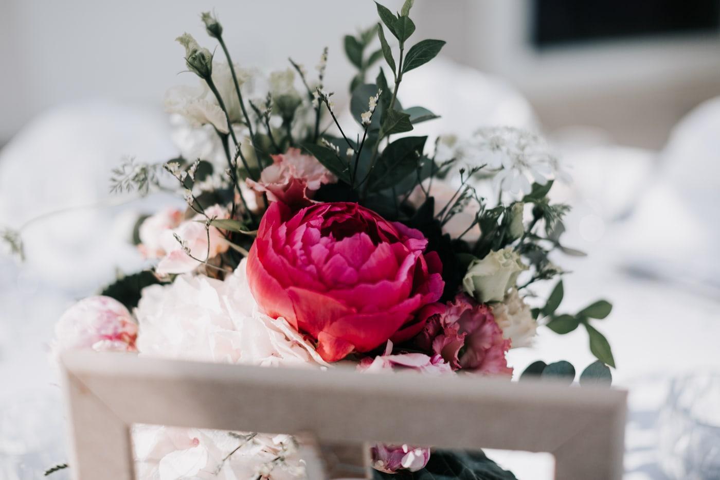 décoration florale Virginie D'alessio-Mariage au domaine de la baratone-delphine Closse
