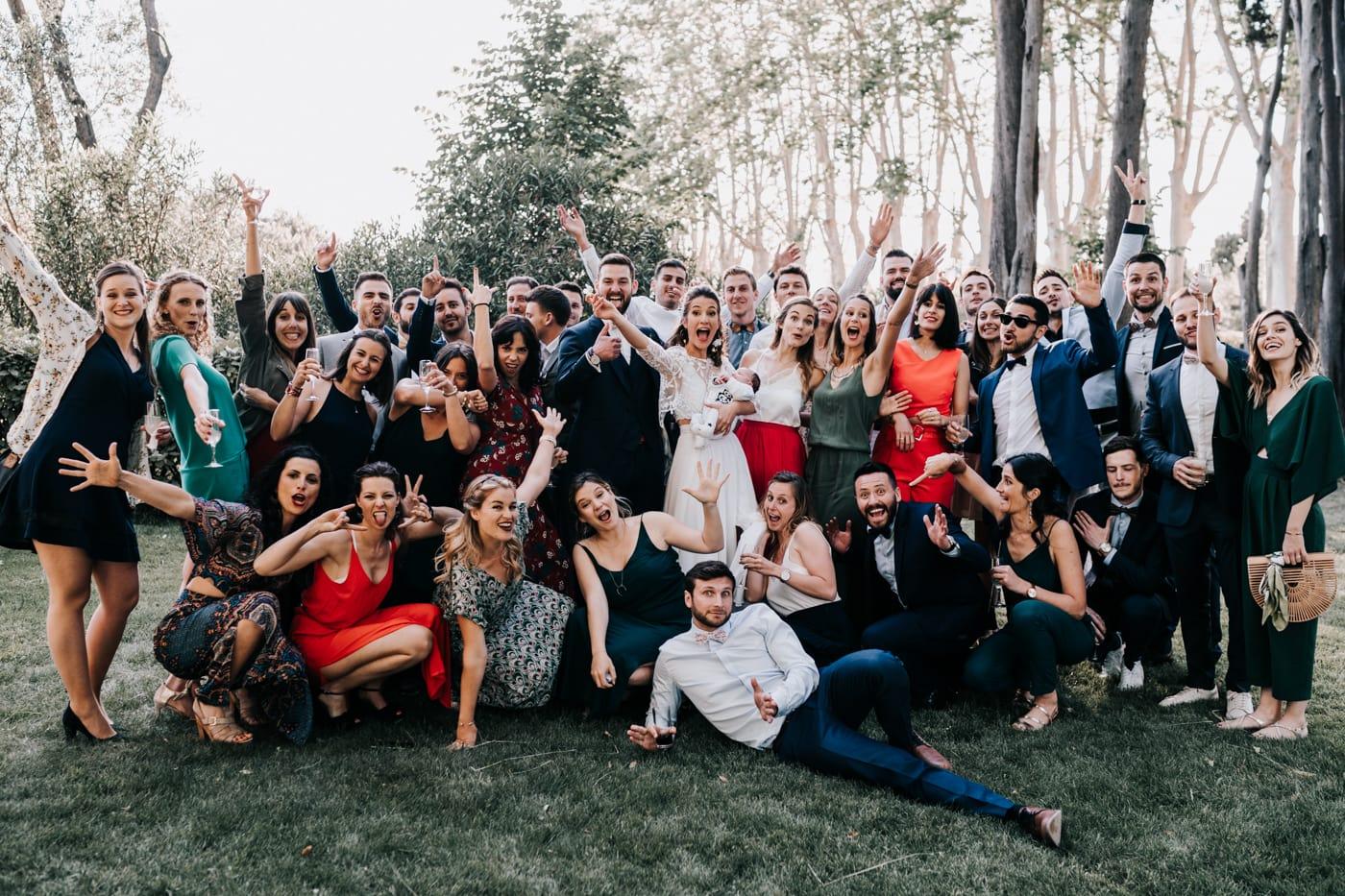 photo de groupe-mariage au domaine de la baratone-Delphine Closse