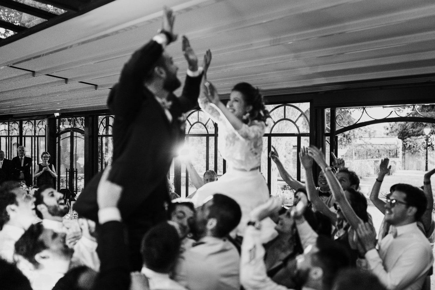 Entré en salle des mariés-mariage au domaine de la Baratone-Delphine Closse