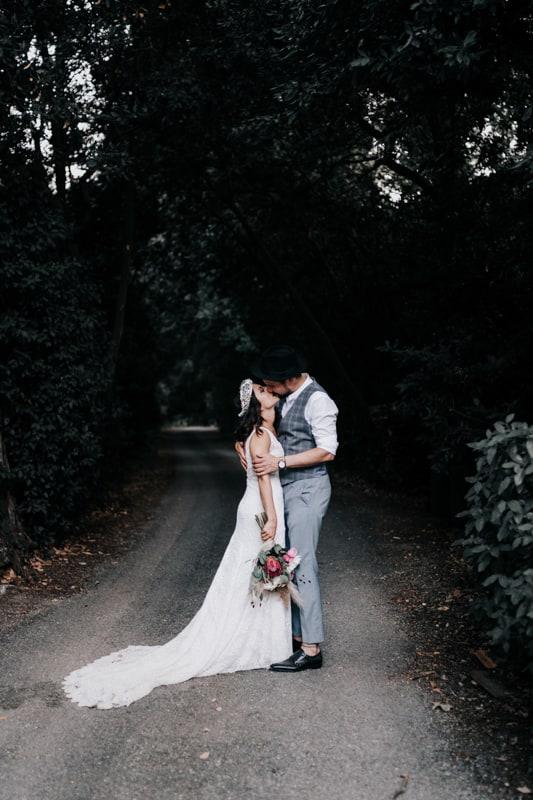 séance couple-Mariage au domaine du Taleur-Delphine Closse
