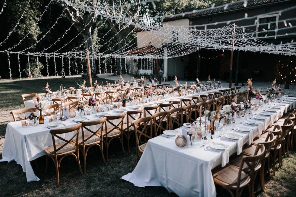 Décoration table- jadis Fleur-Le Bazar de Véronique-Chloe Tresdoi-Mariage bohème au domaine du taleur-Avignon-Delphine Closse