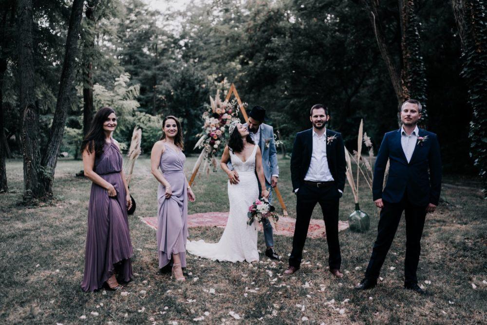 Groupe-Mariage bohème au domaine du taleur-Avignon-Delphine Closse