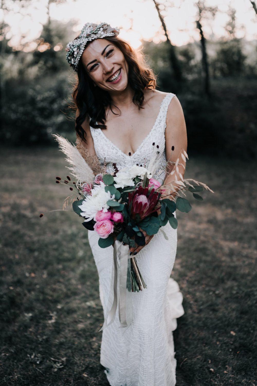 mariée Gypsy-Bouquet jadis Fleur-Mariage bohème au domaine du taleur-Avignon-Delphine Closse