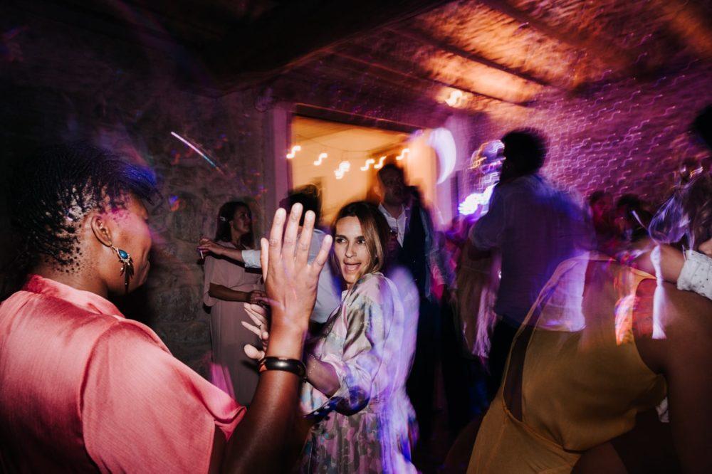 Soirée Dance Floor-DJ Nuit Blanche - Mariage bohème au domaine du taleur-Avignon-Delphine Closse