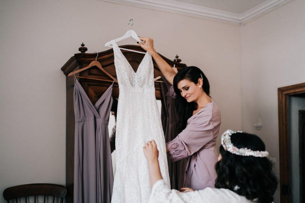 Préparatifs-Robe de mariée Anna Campbell Australia-Mariage bohème au domaine du taleur-Avignon-Delphine Closse