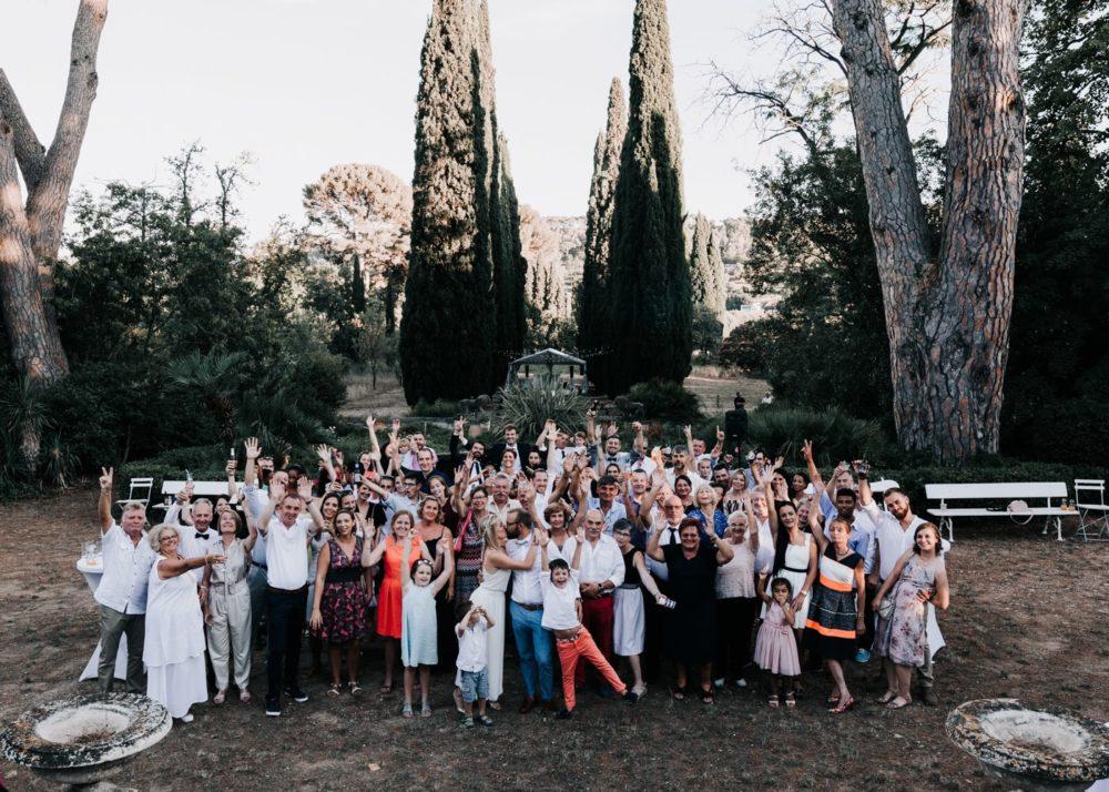 séance photo de groupe-mariage Décoration de table-mariage Cadière D'Azur- Domaine de Rochebelle #freeloverock-Delphine Closse