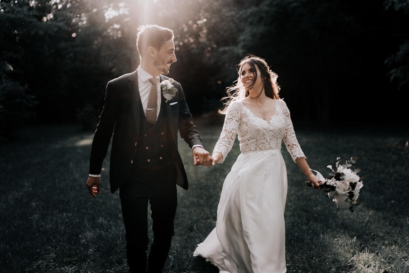 Photo de couple de mariés-Mariage Sophie&Paul-Domaine du Taleur-Delphine Closse