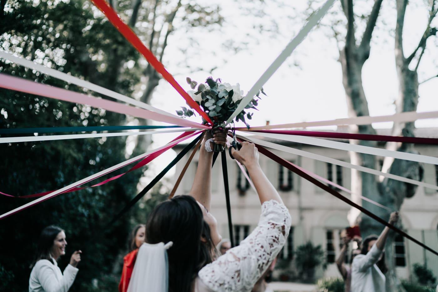 jeu du bouquet-Mariage Sophie&Paul-Domaine du Taleur-Delphine Closse